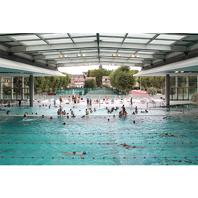 10 belles piscines municipales o nager toute l ann e for Piscine judaique